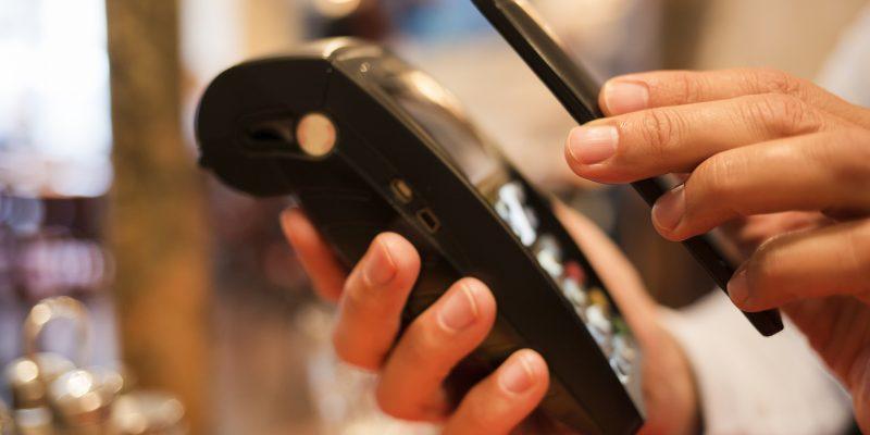 Оплата с телефона через NFC