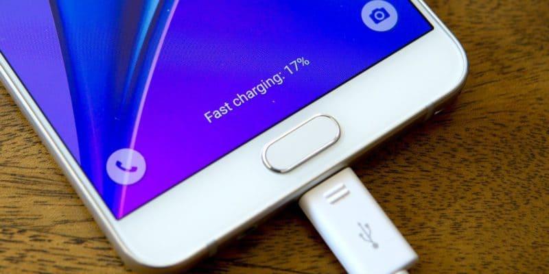 Все, что надо знать о зарядных устройствах для смартфонов
