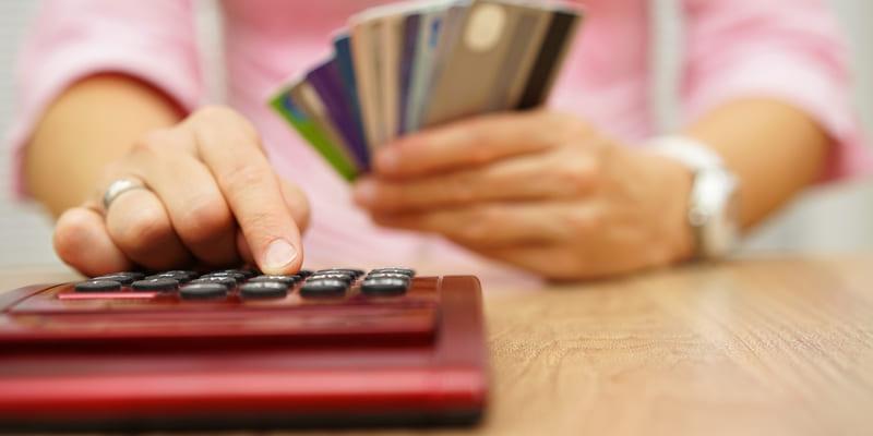 можно ли взять деньги в кредит если не работаешь альфа банк кредит организации