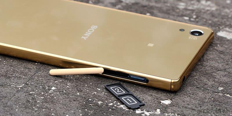 4 причины, почему нужно выбирать смартфоны с двумя симками