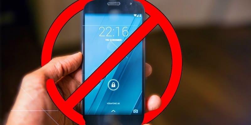 Семь самых унылых смартфонов с завышенной ценой